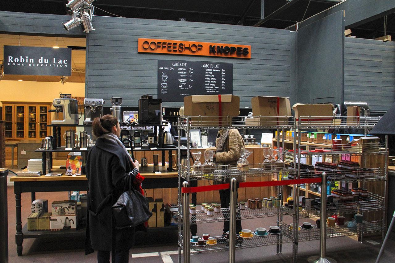 KNOPES CAFE